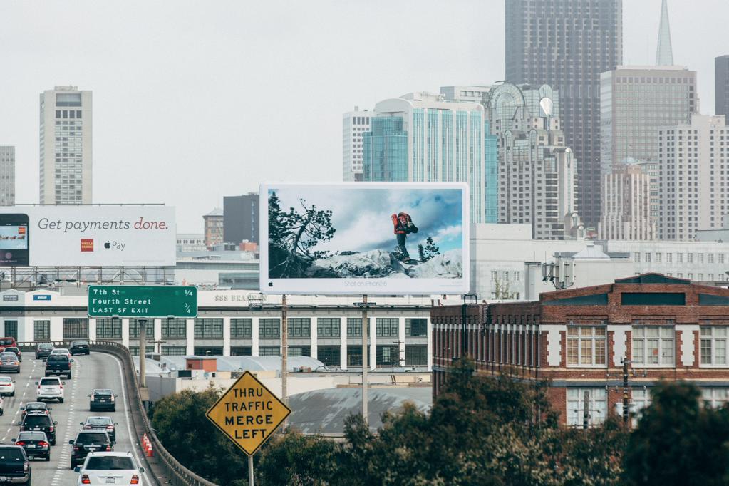 Apple-campaing-Shot-on-iPhone-6-Julian-Bialowas-billboard