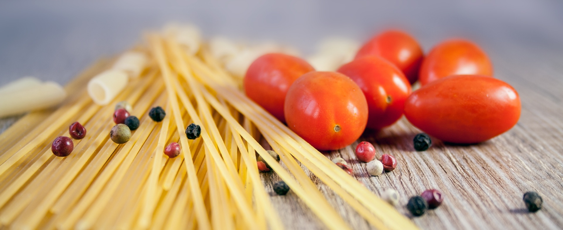 https://www.dotmug.net/wp-content/uploads/2016/05/pasta-noodles-cook-tomato-38233.jpeg