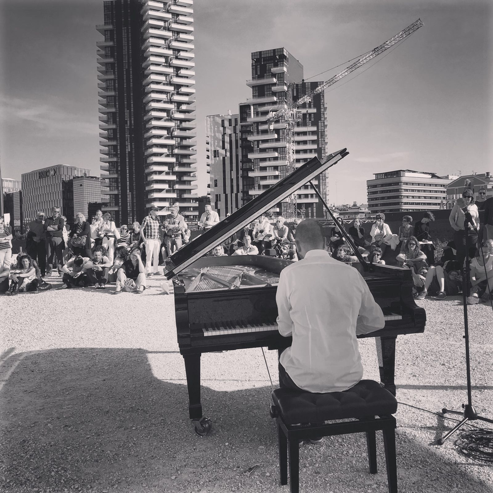 https://www.dotmug.net/wp-content/uploads/2016/05/piano_city_milano.jpg
