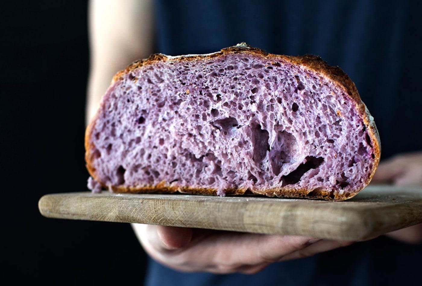 https://www.dotmug.net/wp-content/uploads/2017/10/25.-Pane-Viola-Purple-Bread-Antocianine-Superfood-Dotmug.jpg