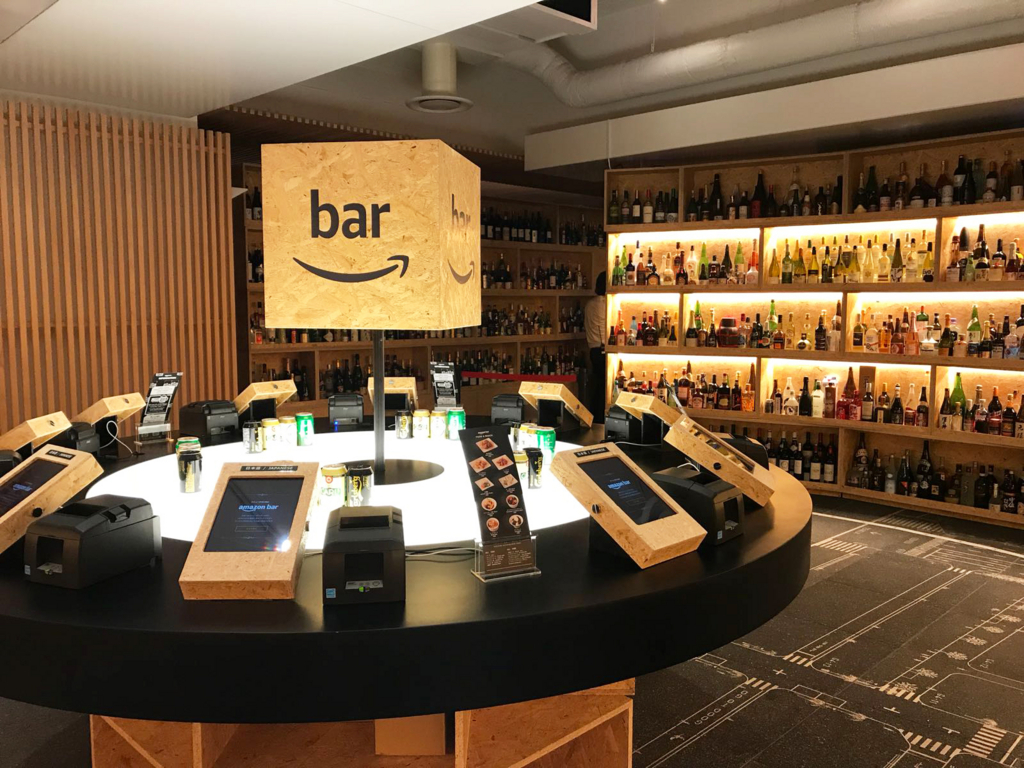 Food trends 2018 amazon bar the first without a menu dotmug for Food bar trend skopje